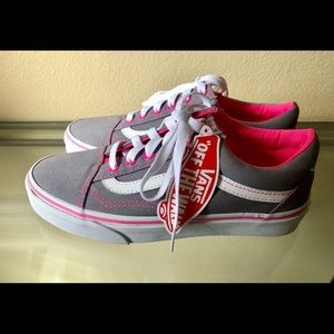 Shoes - NEW VANS GREY & PINK LACED SHOES NWT